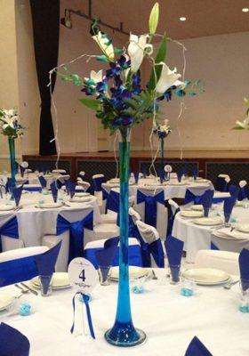 blue vase centrepiece