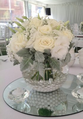 white-pearl-bowl-centrepiece
